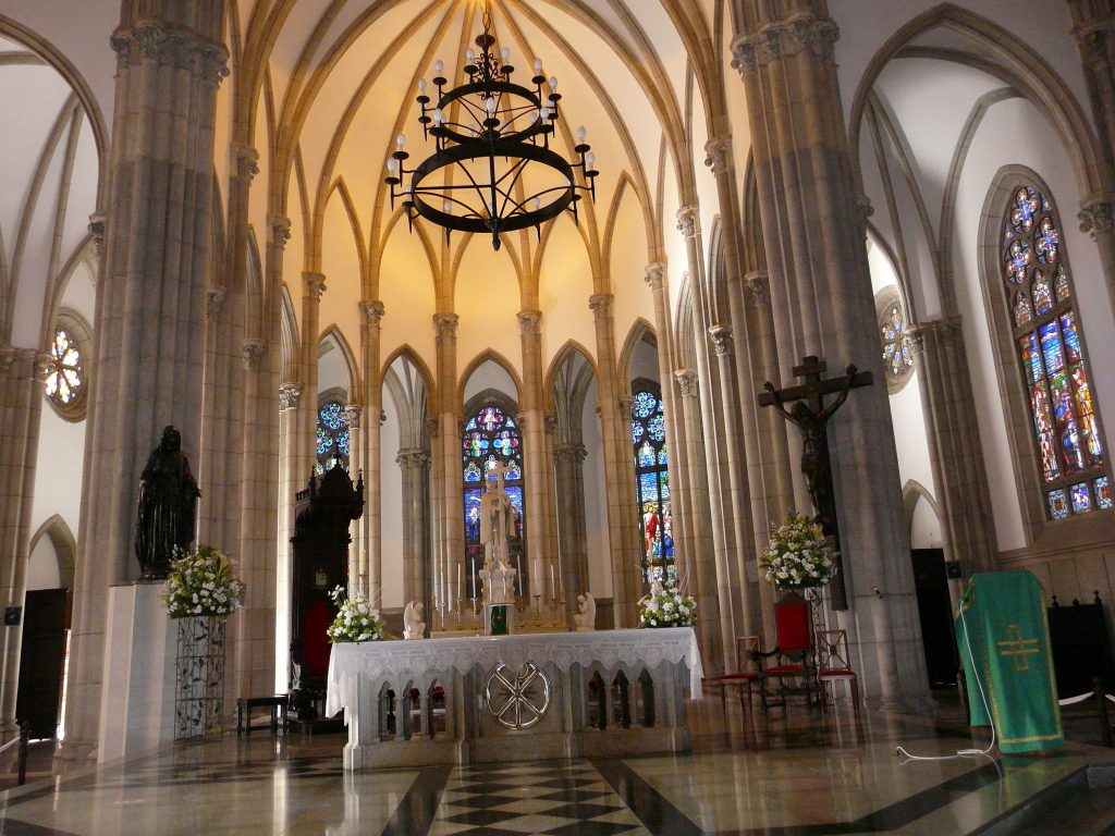 Altar mor da Catedral de Petrópolis