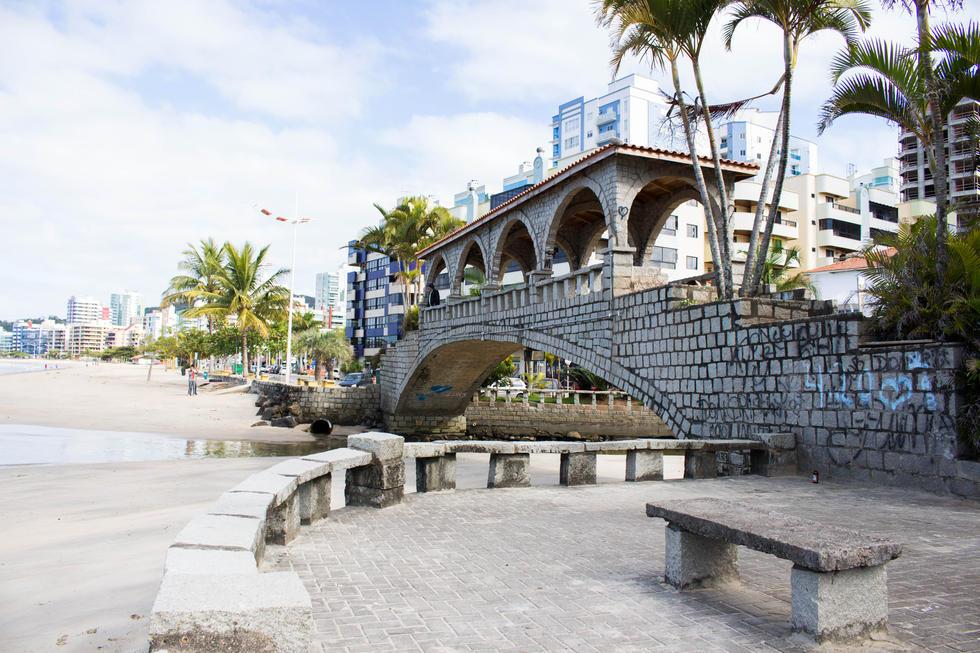 Ponte dos Suspiros na Praia Central