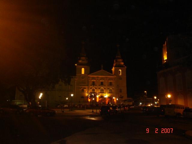 Catedral de São Luís, Nossa Senhora da Vitória