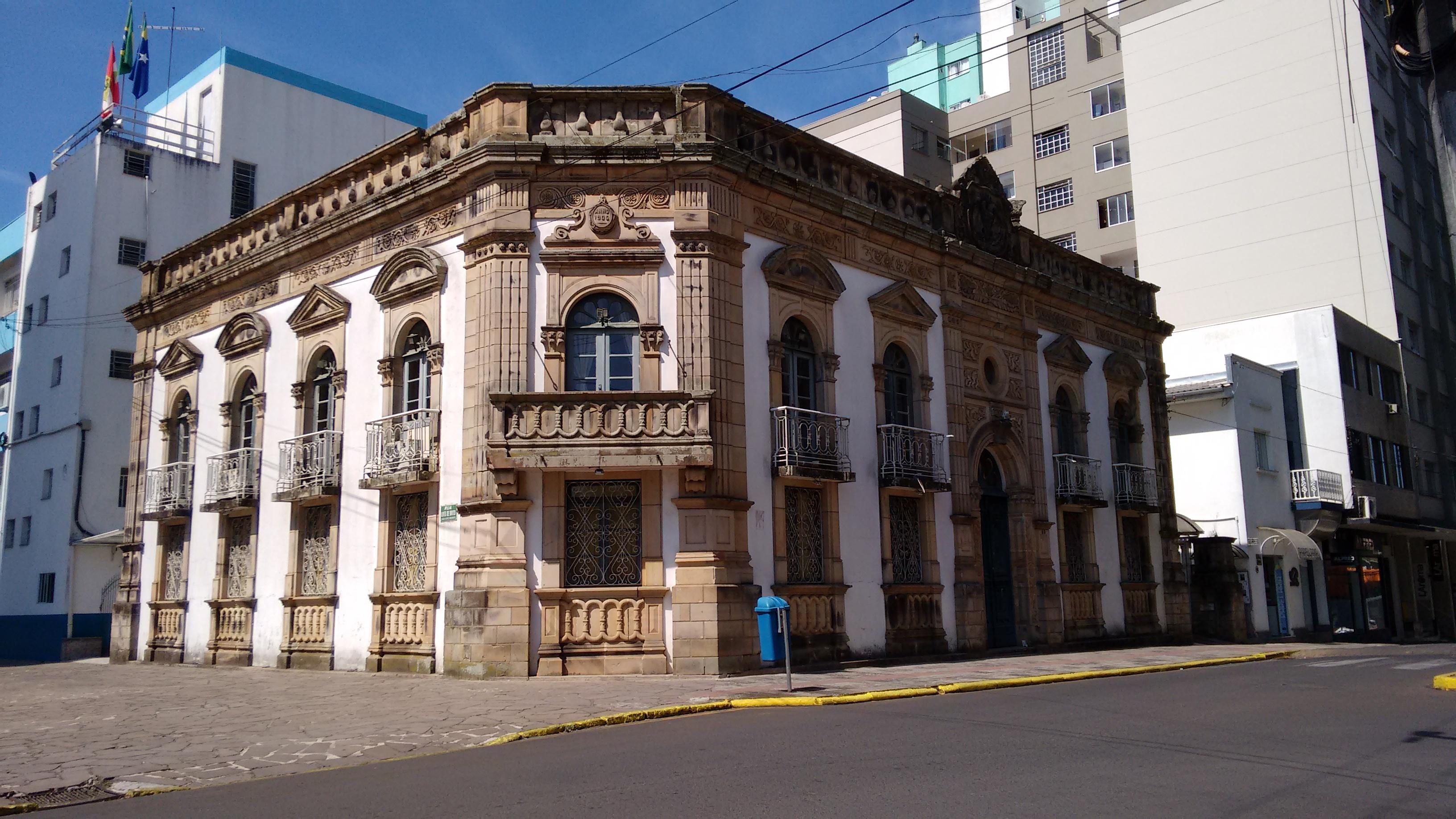 palacio-municipal-lages-2
