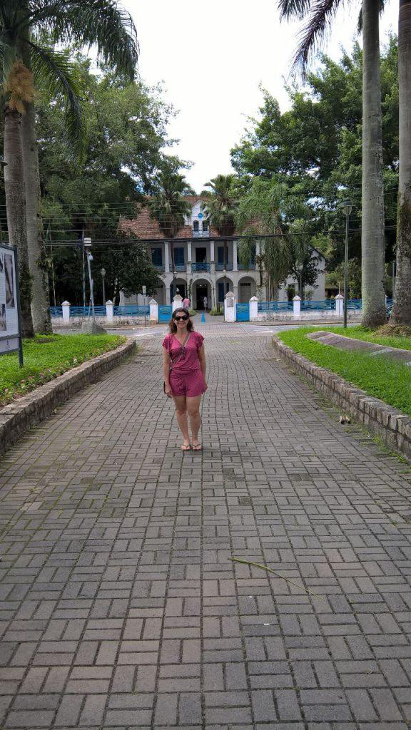 Eu na Alameda das Palmeiras em Joinville