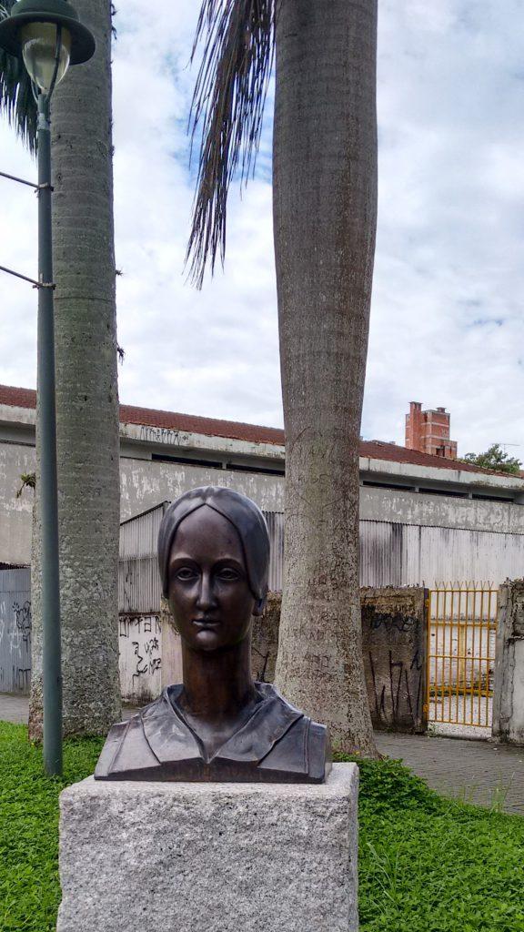 Busto em homenagem a Princesa Francisca Carolina