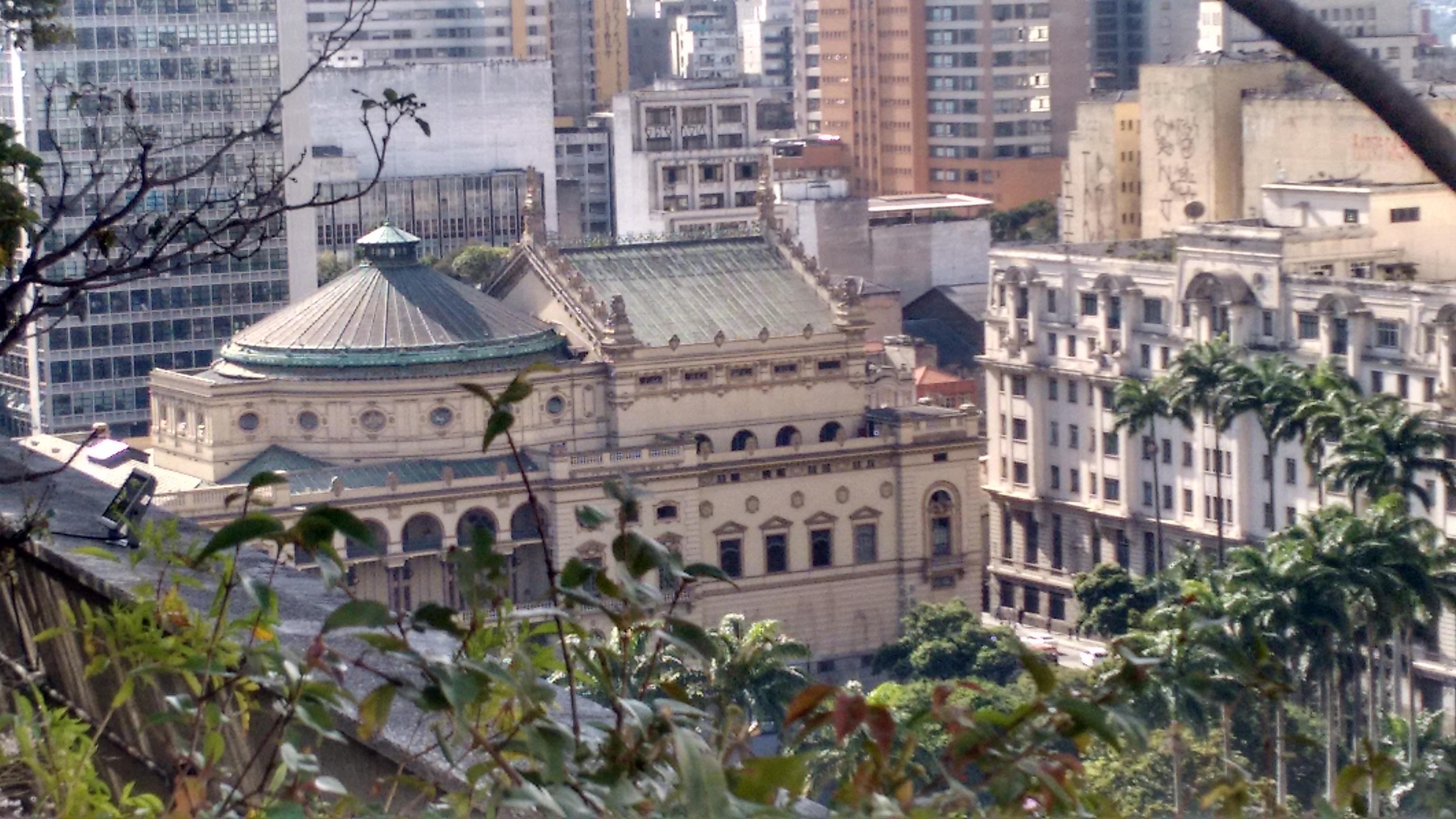 vista-edificio-matarazzo-teatro-municipal-1