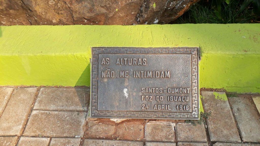 Homenagem a Santos Dumont