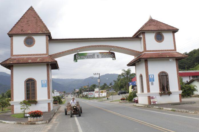 Rodeio Santa Catarina Cidade dos Anjos Pórtico