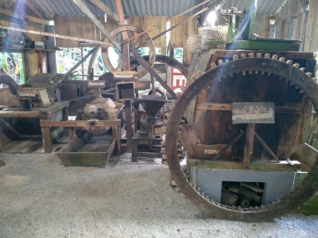 Engenho de farinha de mandioca, no Museu da Cultura Italiana